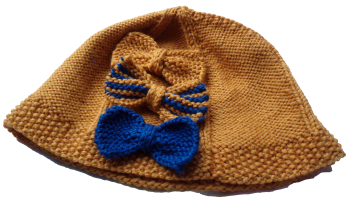 Uppingham Hat with knitted bows