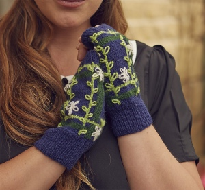 Petals and Plaid Mitts